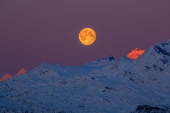 Blue Moon Red Peaks