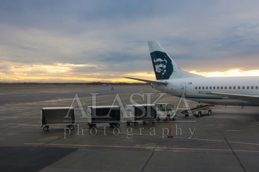 Alaska Airlines Ready to Unload