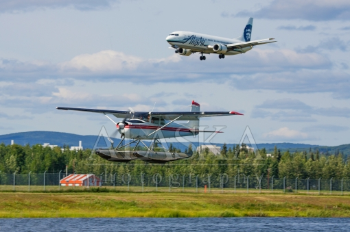 Cessna 172 Vs Boeing 737 Alaska Photography